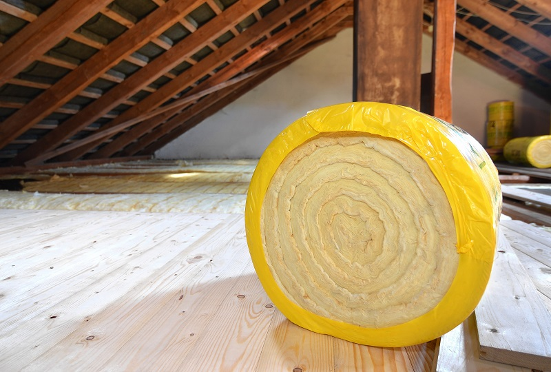 Roll of insulation foam